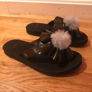 Ugg Shoes 1689 Shearling Wedge Sandals Size 8 With Bag